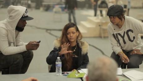 Rihanna-Diamonds-Tour-Rehearsal-Final