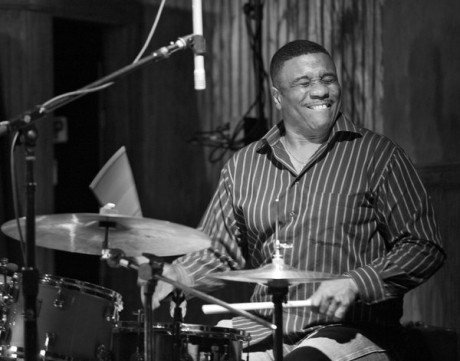 la-et-ms-drummer-ricky-lawson-founding-member--001