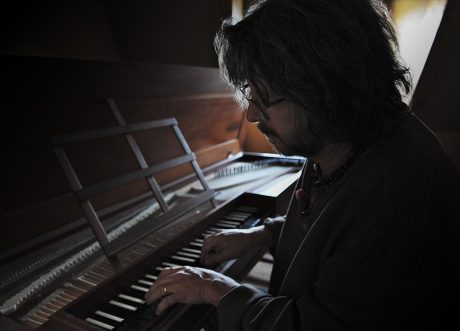 pl_mood_playing_piano_web
