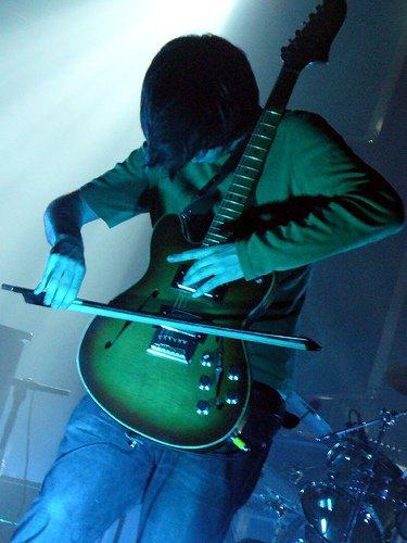 jonny-greenwood-guitar