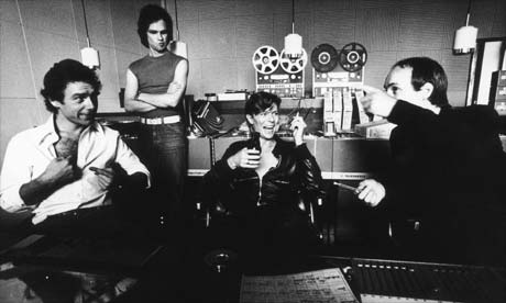 David-Bowie-Recording-Low-Heroes-Lodger