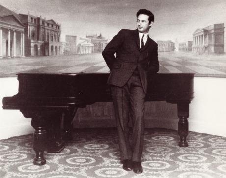 saville-piano-orig-lo