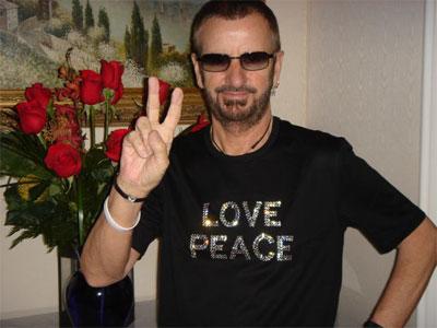 8-17-06-peace_love