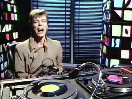 David_Bowie_DJ_maxresdefault_news_under_the_radar