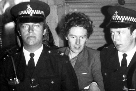 """GOD SAVE THE QUEEN"" Y LA ALARGADA SOMBRA DE MALCOLM MCLAREN"