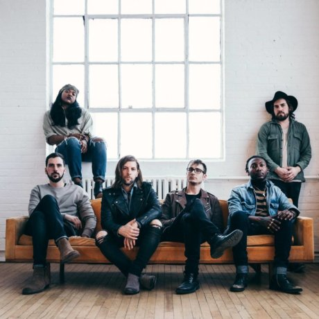 "WELSHLY ARMS: ""NO PLACE IS HOME"", MEJOR ALBUM DEL AÑO 2018"