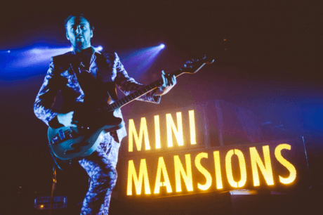 MINI MANSIONS TERMINAN SU MEJOR DISCO