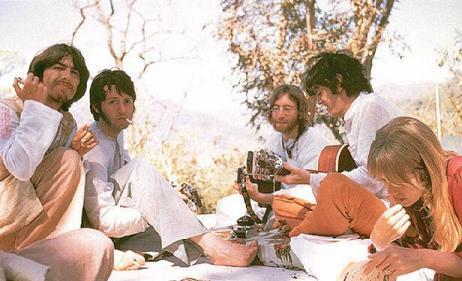 "BEATLES: ""MEETING THE BEATLES IN INDIA"" , LA NUEVA PELICULA"